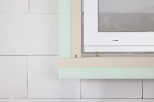 Auskragende Fenstermontage mit JUSTA und Iso Top WINFRAMER